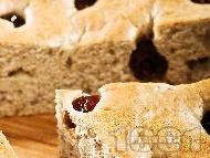 Кейк / сладкиш с газирана вода, сметана, сушени череши и ванилия за десерт